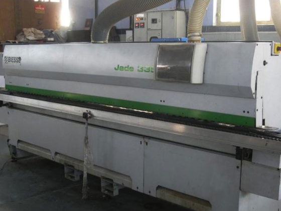 AUTOMATIC THRU FEED EDGE  BANDING MACHINE